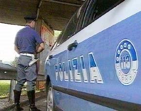 Ingoia l'eroina durante un controllo di polizia denunciato quarantunenne di Lecce